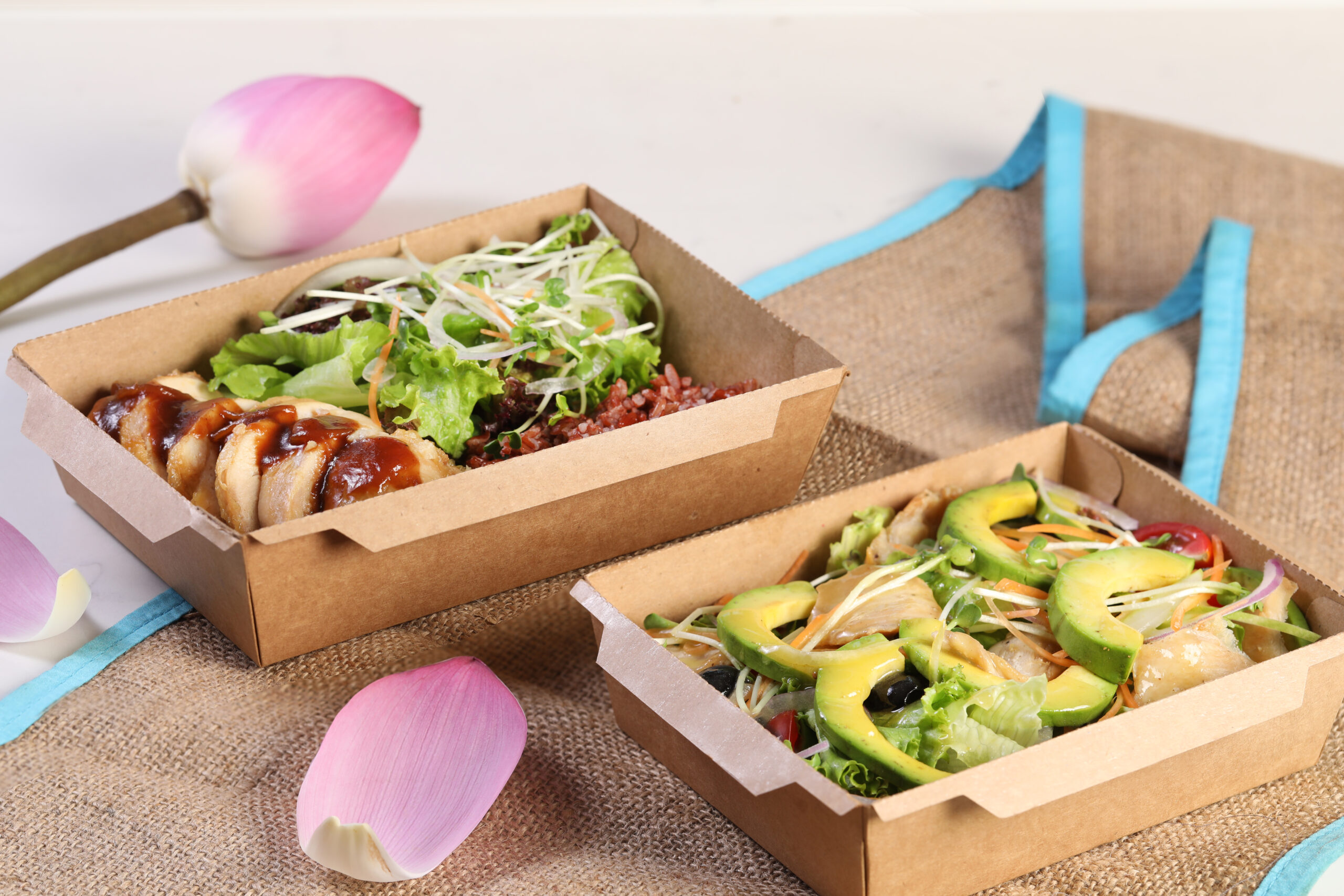 EAT OUT AT HOME – Free ship within 3km